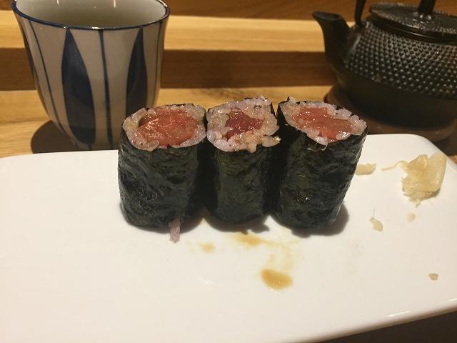 お寿司専門店 Sato i Tanaka_b0064411_06211287.jpg