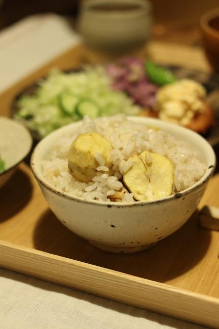 秋を味わう☆土鍋で栗ごはん_f0354014_14053579.jpg