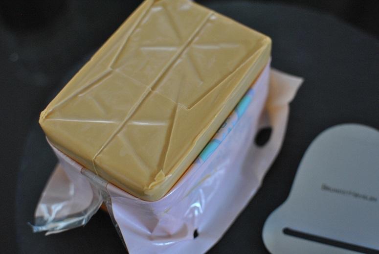 ノルウェーのブラウンチーズを食べ比べ_b0129725_13534211.jpg
