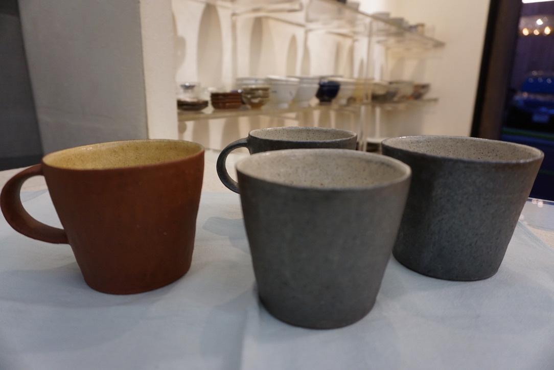 井内素さんのマグカップとデカップ_b0132442_18195626.jpg