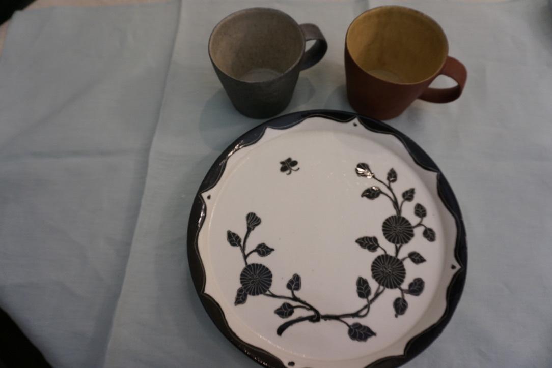 井内素さんのマグカップとデカップ_b0132442_18200204.jpg