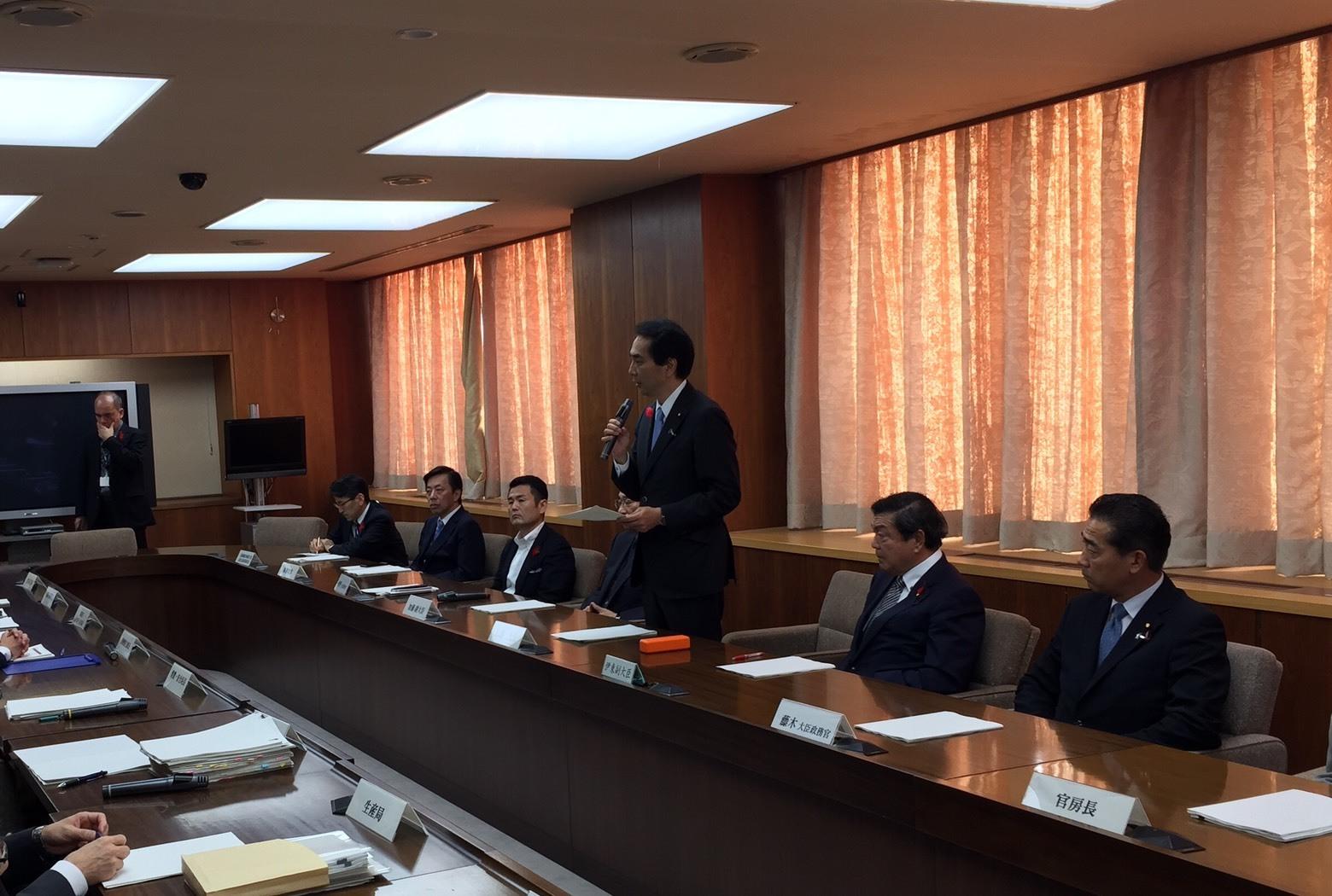 「NHKおはよう日本」の「新閣僚に聞く」_a0143152_19013336.jpeg