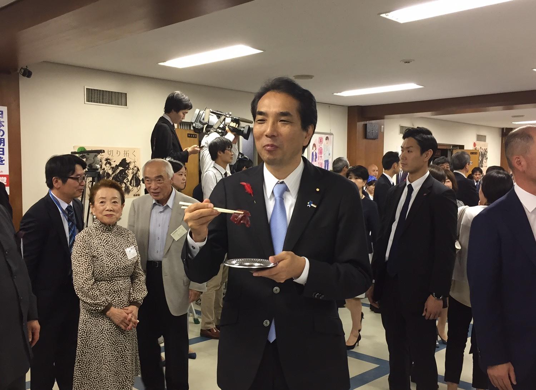 「NHKおはよう日本」の「新閣僚に聞く」_a0143152_19015714.jpeg