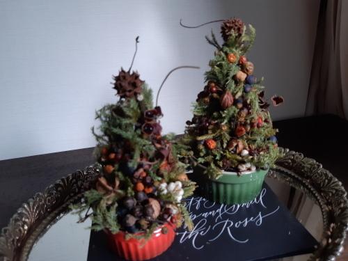 小さなクリスマスツリーを作りましょう♪_a0243983_08212815.jpg