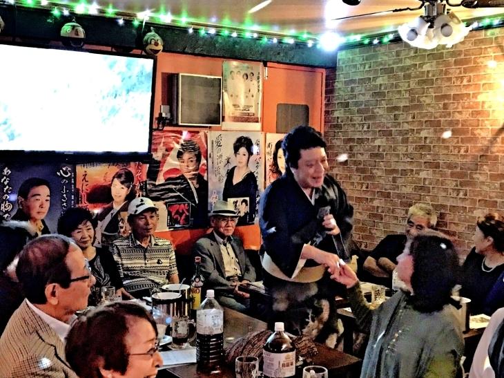 「歌う!セールスマン・ローカル線歌の旅」10月ロケ収録3日目_b0083801_08305503.jpg