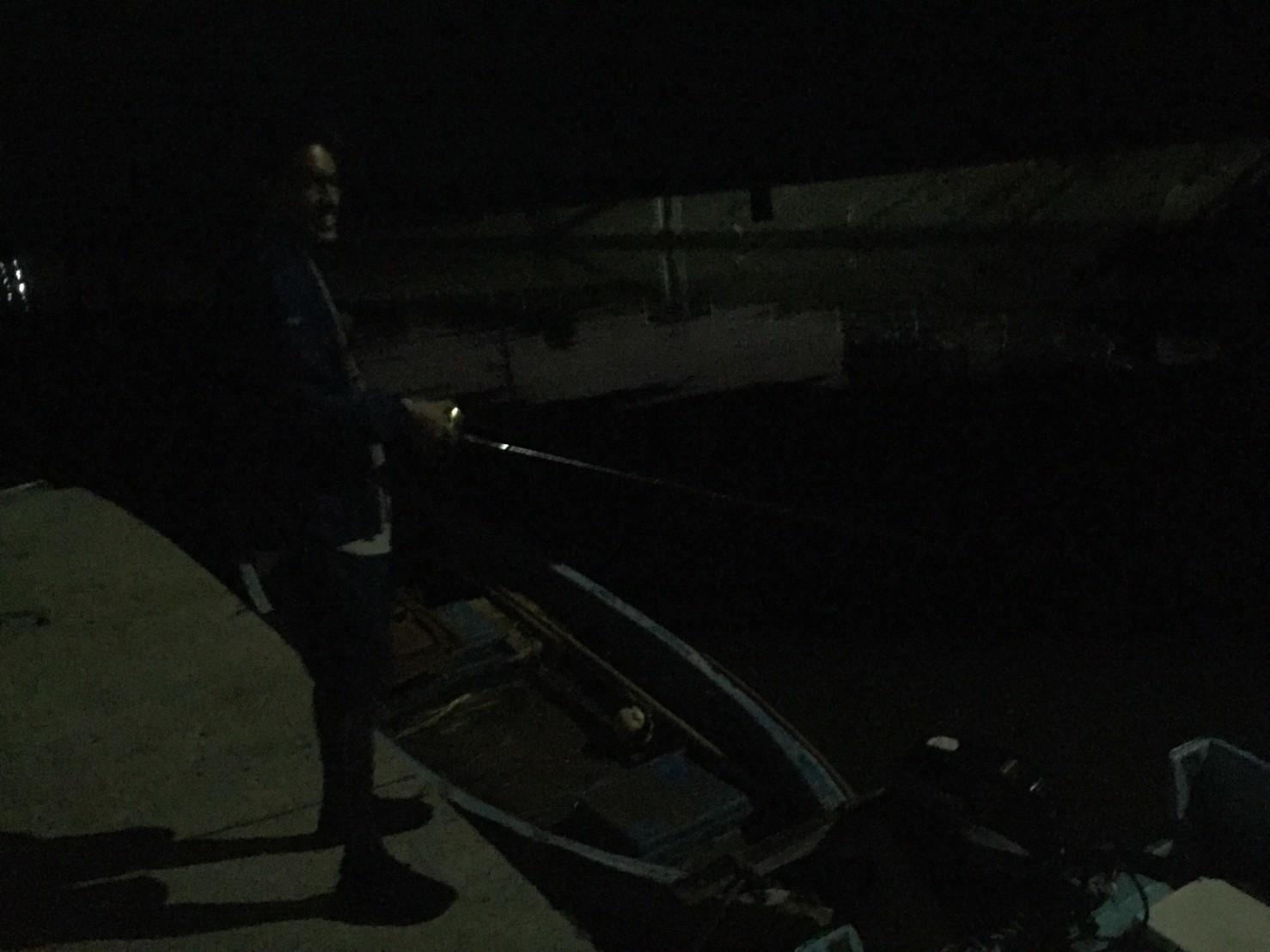 こんな所で巨大魚が爆釣 2019.10_e0115904_11173425.jpg