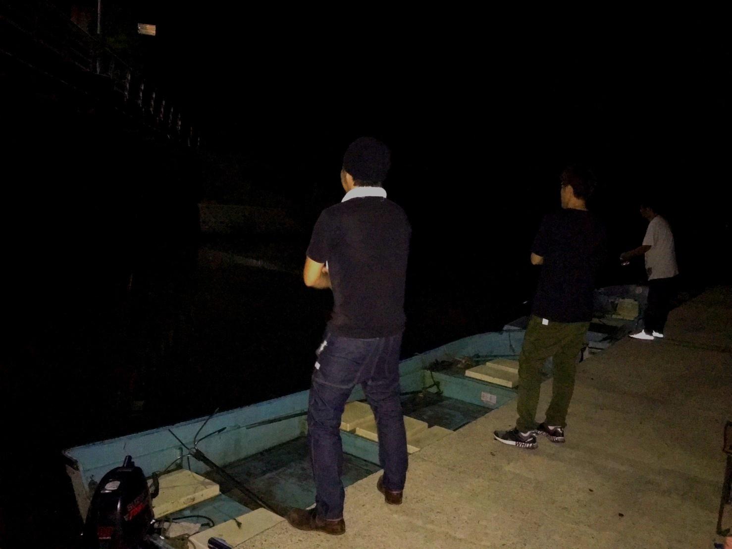 こんな所で巨大魚が爆釣 2019.10_e0115904_20453760.jpg