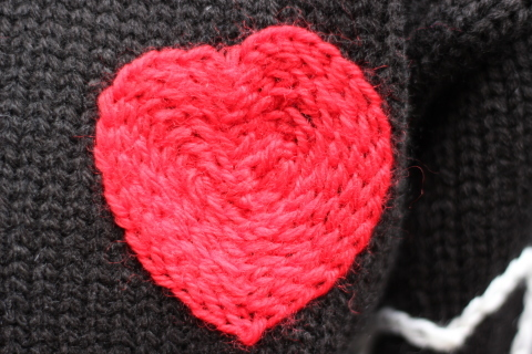 "「ChahChah」 遊び心満載の ""HEARTFUL HAND EMBROIDERY KNIT\"" ご紹介_f0191324_07495370.jpg"