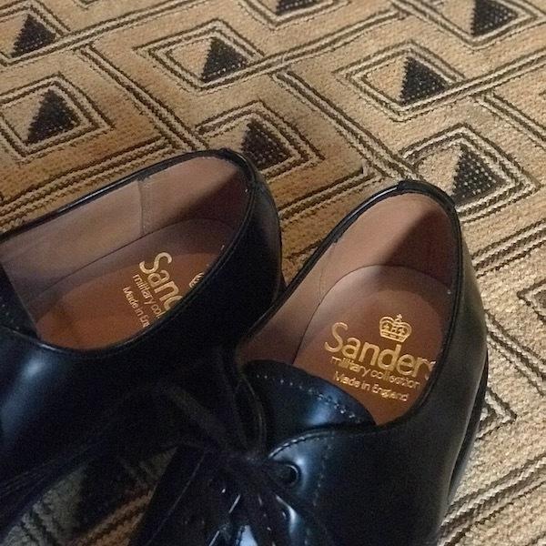 スニーカーではなく革靴で、、_d0364239_19155980.jpg