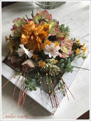 フラワーアレンジのレッスン&花材仕入れ_a0310054_16023317.jpg