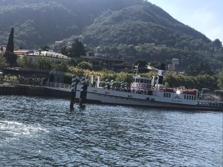 コモ湖で船に乗った♪_a0136671_00074317.jpg