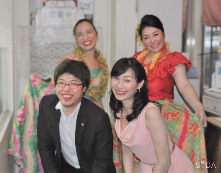 【コンサート日記】ハワイアンを歌うミュージカル歌手とミュージカルソングを踊るフラダンサーを陽気なピアニストが繋ぐ名もなきコラボ♪_e0397681_16201459.jpg