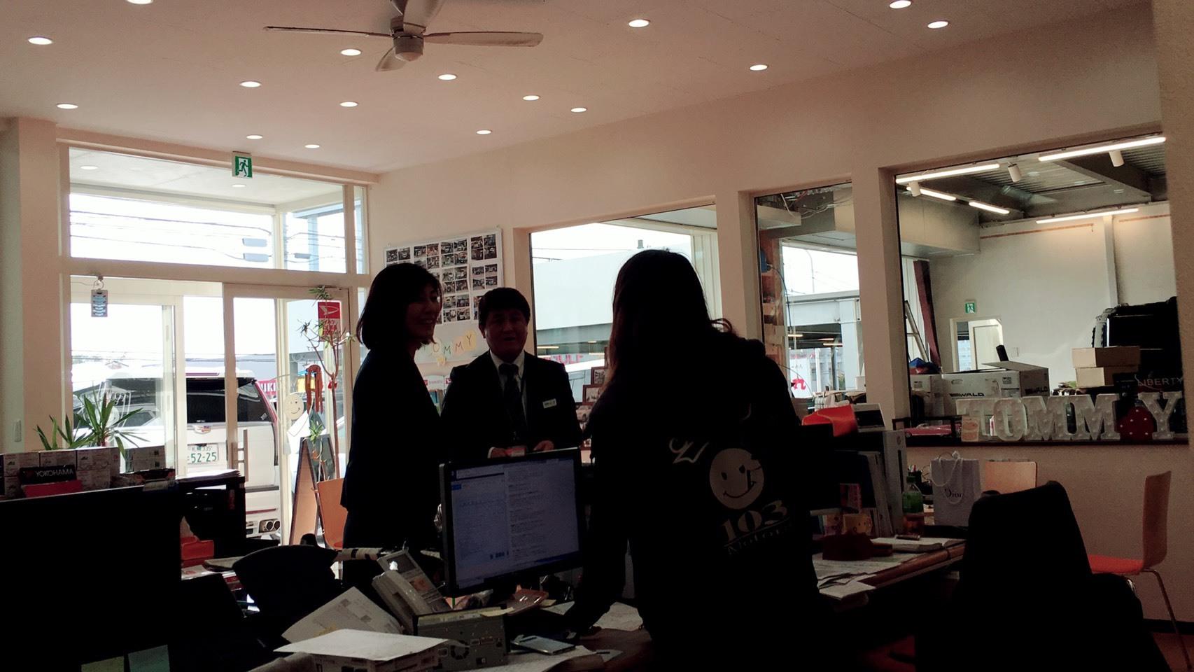 10月11日(金)本店ブログ☆彡 ハマーH3ありますよ♡ ランクル ハマー アルファード♪ _b0127002_20483413.jpeg