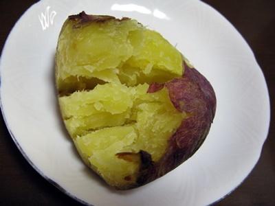 焼き芋の季節!_f0129726_20224192.jpg