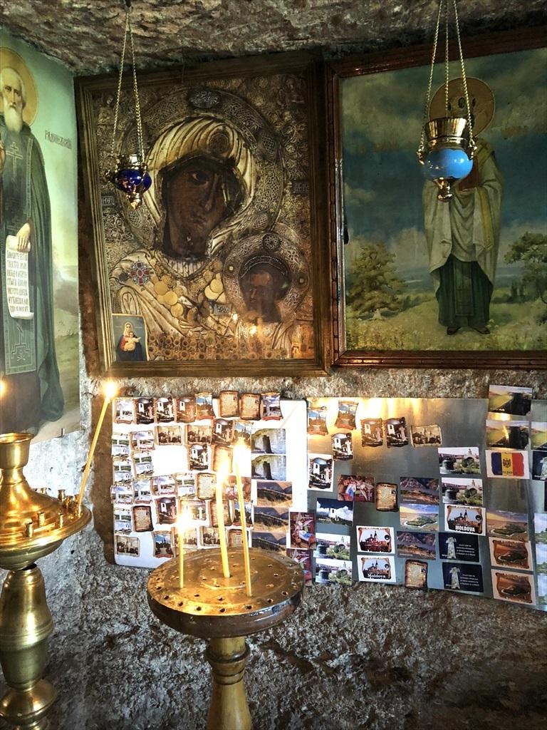 旧オルヘイ洞窟修道院@モルドヴァ_a0092659_23373300.jpg