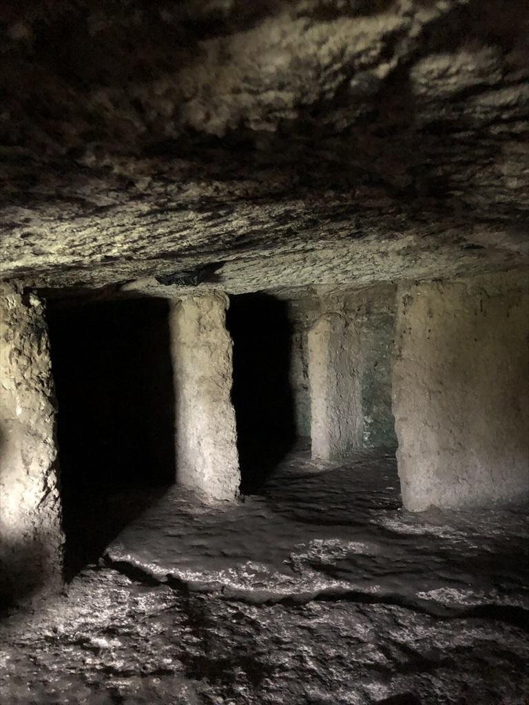 旧オルヘイ洞窟修道院@モルドヴァ_a0092659_23484506.jpg