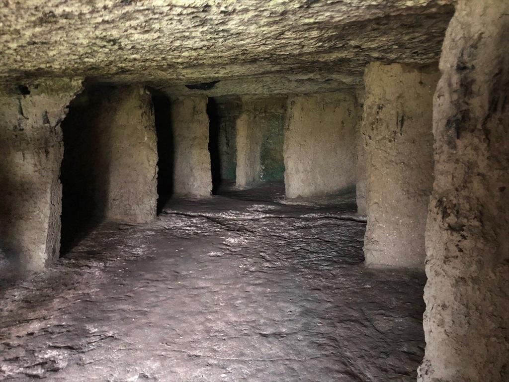 旧オルヘイ洞窟修道院@モルドヴァ_a0092659_23490623.jpg