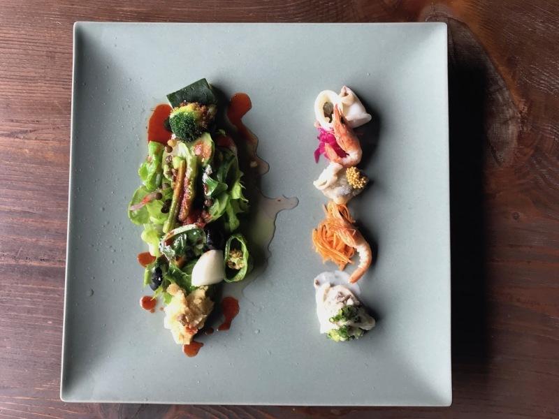 10月の料理「地物の魚介の温かいサラダ」_d0177560_16355112.jpeg