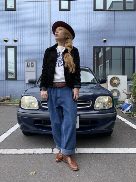 vintage スエットコーデ&二階の帽子_a0108963_01115149.jpeg