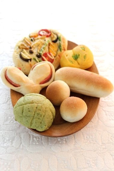 1時間でパンが焼けちゃうレシピ本発売です!_f0224568_11194608.jpg