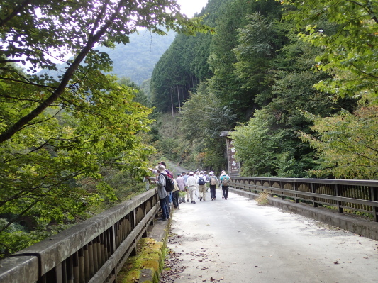 2019.10.1トラスト野外研修_f0131669_07265934.jpg
