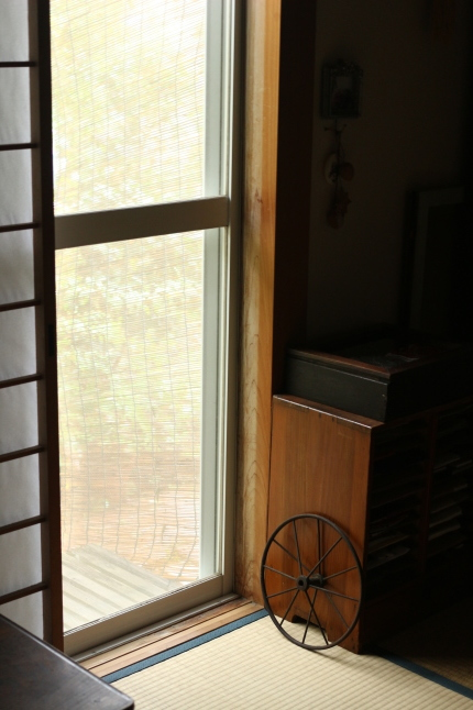 台風19号... 閉め切りの家で過ごす1日_f0354014_13442504.jpg