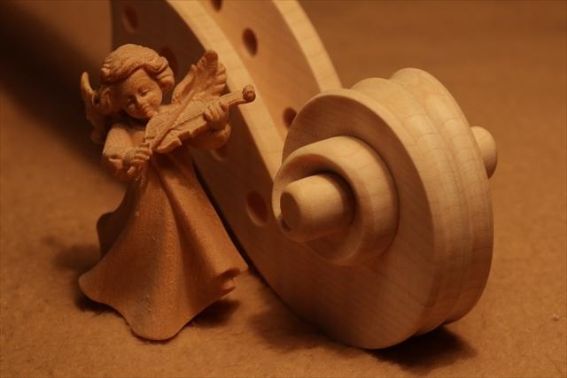 弦楽器フェアのご紹介と、ホワイトヴァイオリン_d0047461_14303016.jpg