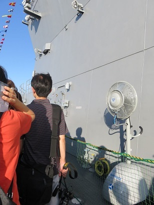 FLEETWEEK2019横浜 - 護衛艦「いずも」一般公開_a0057402_11290582.jpg