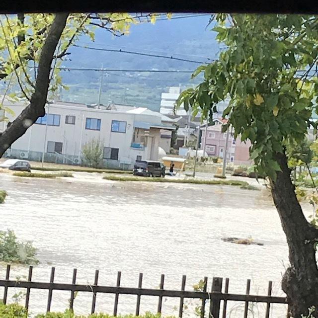 台風19号_e0226943_22554870.jpg