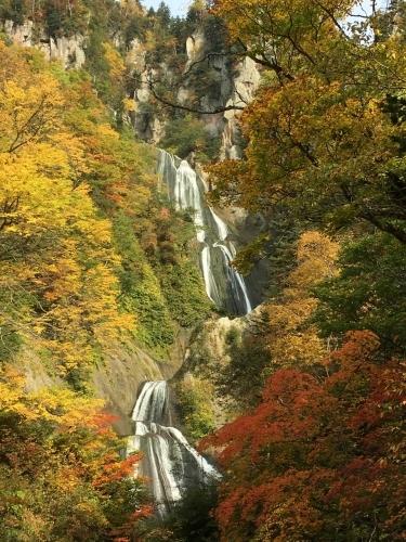 天人峡滝見台の紅葉と美瑛秋庭_e0326953_14371909.jpg