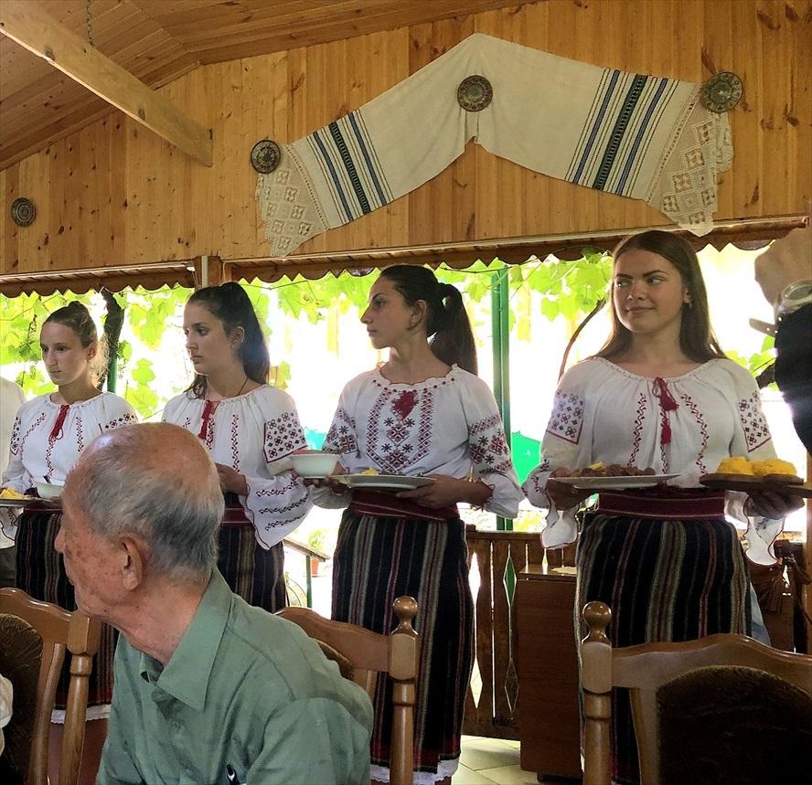 モルドヴァの家庭料理@オルヘイ村_a0092659_16295869.jpg