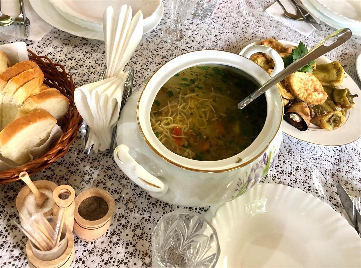 モルドヴァの家庭料理@オルヘイ村_a0092659_16495863.jpg
