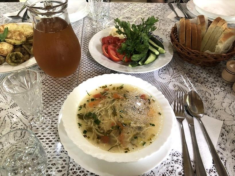 モルドヴァの家庭料理@オルヘイ村_a0092659_16511762.jpg