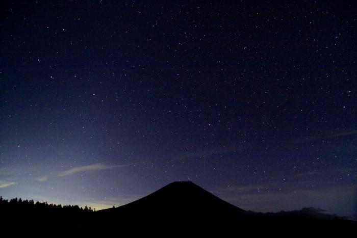 令和元年10月の富士(9)朝霧高原星空と富士_e0344396_16084103.jpg