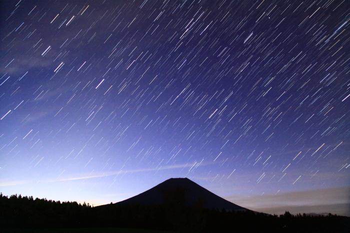 令和元年10月の富士(9)朝霧高原星空と富士_e0344396_16085698.jpg