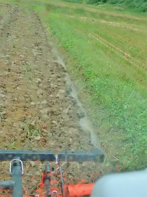連休の初日、兼業農家は「秋ブチ」でした_c0336902_16435305.jpg