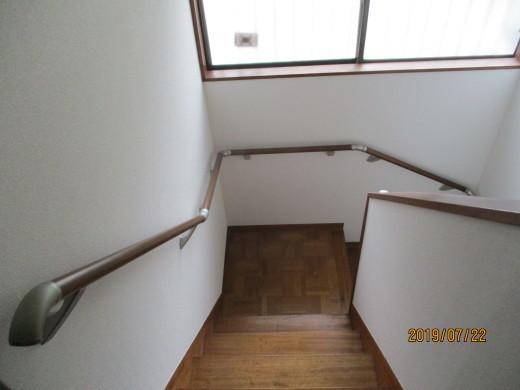 階段に手すりを!_d0358411_11230313.jpg