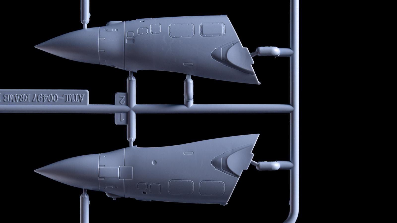 人生でいちばん好きな飛行機のプラモが新発売された人の話_b0029315_17342634.jpg