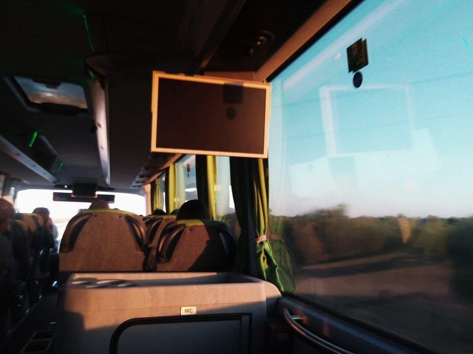 往復8ユーロで日帰りバス旅inナポリ_b0305039_17433354.jpg