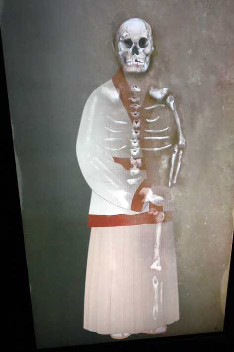 金海(キメ 김해)で伽耶の歴史散策 釜山金海軽電鉄で国立金海博物館、首露王陵、大成洞古墳博物館など見学 金海空港だけでない金海市(2)_f0117059_16482325.jpg