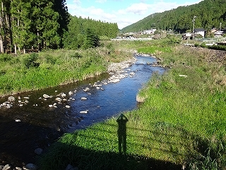 きっと何かある、美山の祢宜洞から神倉谷_e0064783_13461266.jpg