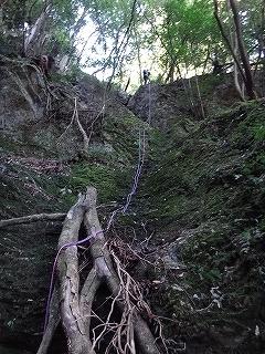 きっと何かある、美山の祢宜洞から神倉谷_e0064783_13522669.jpg