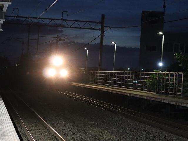 藤田八束の鉄道写真@青い森鉄道とカシオペアそして貨物列車が元気いっぱい・・・八村塁頑張れ若きエースに日本からエール_d0181492_22291924.jpg