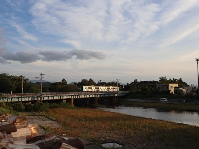 藤田八束の鉄道写真@青い森鉄道とカシオペアそして貨物列車が元気いっぱい・・・八村塁頑張れ若きエースに日本からエール_d0181492_22292502.jpg