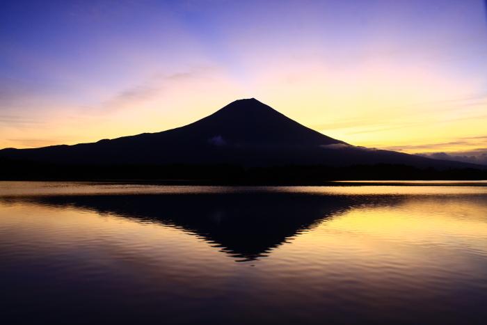 令和元年10月の富士(11)田貫湖朝焼けの富士_e0344396_18441458.jpg
