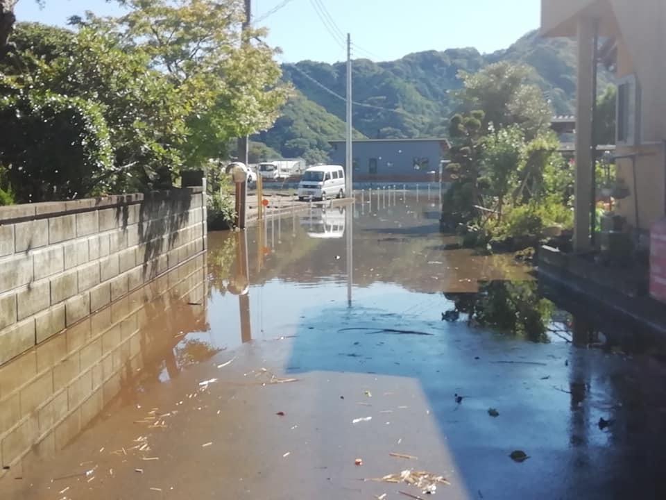 台風被害現場調査&対応!_d0050503_05091024.jpg