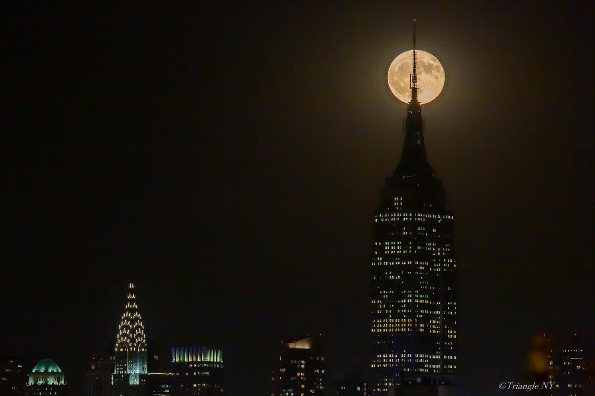 Hunter Moon with Chrysler Building 2019_a0274805_19214820.jpg