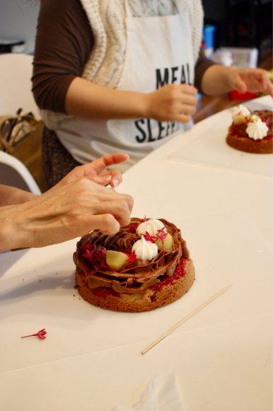 秋 のケーキクラス は、モンブランケーキ_d0339705_15011924.jpg