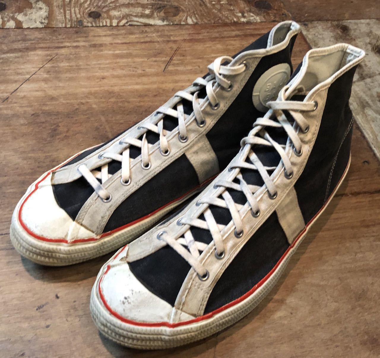 10月15日(火)入荷! 50s VINTAGE   BALLBAND CANVAS SHOES !_c0144020_18052422.jpg