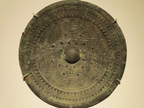 三角縁神獣鏡が時代を席巻した理由は何か_a0237545_20560898.jpg